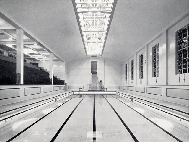 A photo of the then-new swimming pool from 1938