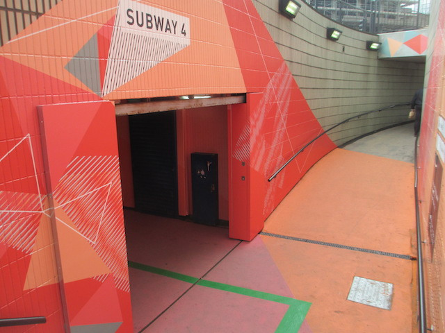 Subway 4 is bright red, in contrast to the green line that leads to Moorfields Eye Hospital.
