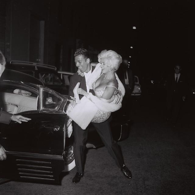 "Jayne Mansfield and Mike Hargitay leaving ""Piccola Budapest"", Rome, October 1962, by Marcello Geppetti, MGMC & Solares Fondazione delle Arti"