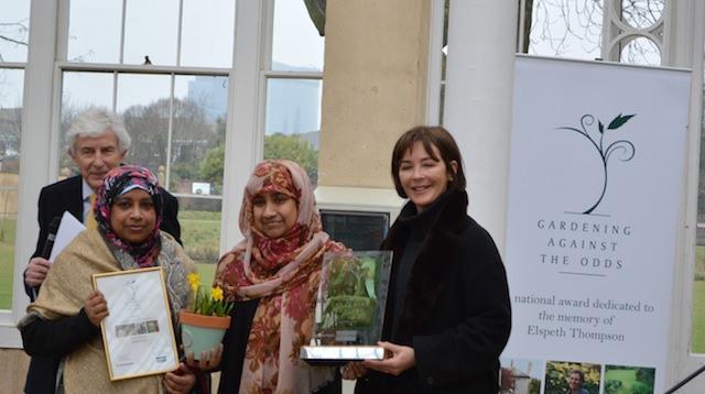 Overall winner, Sajeda Kadir receives her award from the Duchess of Northumberland
