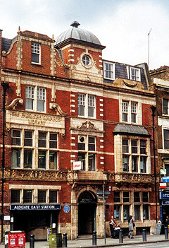 whitechapel_library.jpg