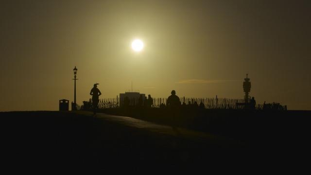 Primrose Hill jogger sunrise