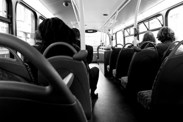 bus_100814