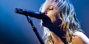 Review: Metric @ Electric Ballroom