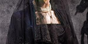 Theatre Review: Women Beware Women @ the National Theatre