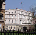 Clarence House To Get Solar Panels