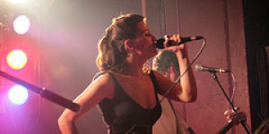 Londonist Live: Dragonette @ 93 Ft East: 18/05/07