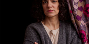 Poignant One-Woman Show Brings Home Atrocities Committed In Syria