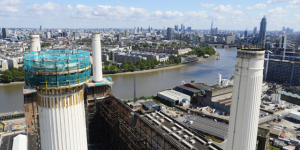 Work Starts On Dismantling Battersea Power Station Chimney