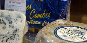 An Inspirational Mountain of Gorgeous Cheese at South Ken's La Cave à Fromage