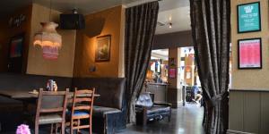 The Best Pubs In Shepherd's Bush