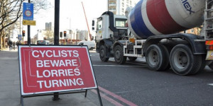 PM To Consider Banning Rush Hour Lorries After Cyclist Death